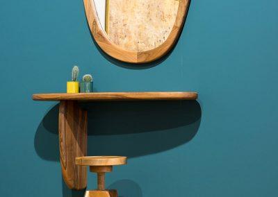 Ogledalo sa konzolom 3